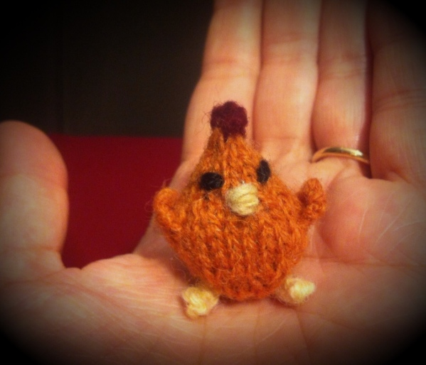 tiny knitted chicken